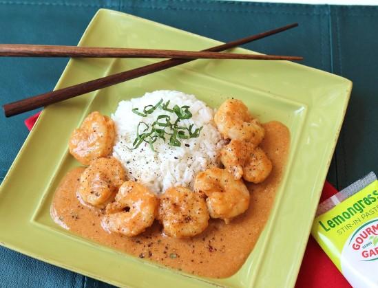 Thai Shrimp with jasmine rice on a green plate
