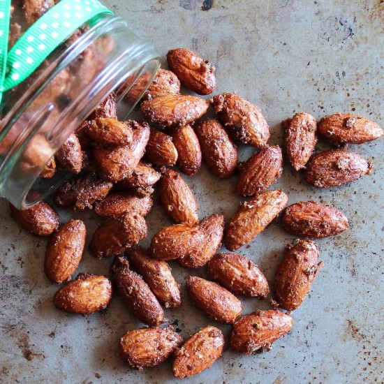 Sweet and Spicy Holiday nuts